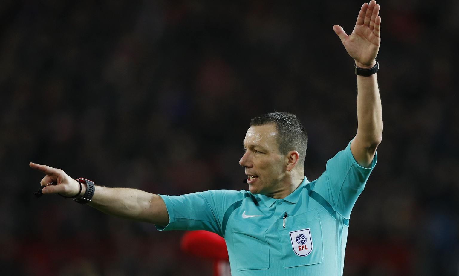 Britain Football Soccer - Manchester United v Hull City - EFL Cup Semi Final First Leg - Old Trafford - 10/1/17 Referee Kevin Friend Reuters / Phil Noble Livepic EDITORIAL USE ONLY. No use with unauthorized audio, video, data, fixture lists, club/league logos or