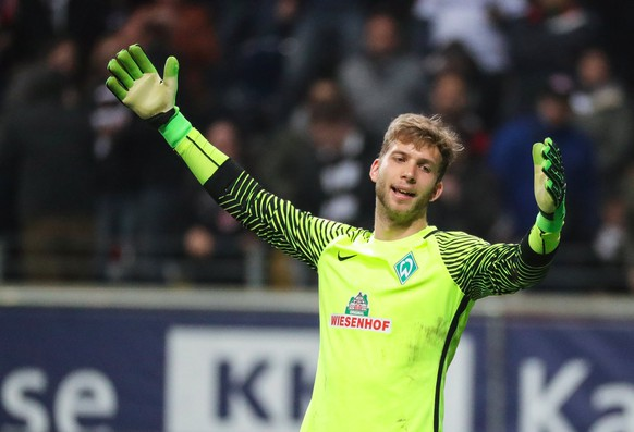 epa05895770 Bremen goalkeeper Felix Wiedwald reacts during the German Bundesliga soccer match between Eintracht Frankfurt and SV Werder Bremen in Frankfurt Main, Germany, 07 April 2017.  EPA/ARMANDO BABANI EMBARGO CONDITIONS - ATTENTION: Due to the accreditation guidelines, the DFL only permits the publication and utilization of up to 15 pictures per match on the internet and in online media during the match.