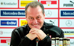 epa04118817 New coach of German soccer club VfB Stuttgart Huub Stevens attends a press conference in Stuttgart, Germany, 10 March 2014. German Bundesliga soccer club VfB Stuttgart on 09 March 2014 confirmed the signing of Stevens as head coach. He replaces coach Schneider, who was sacked the same day.  EPA/SEBASTIAN KAHNERT