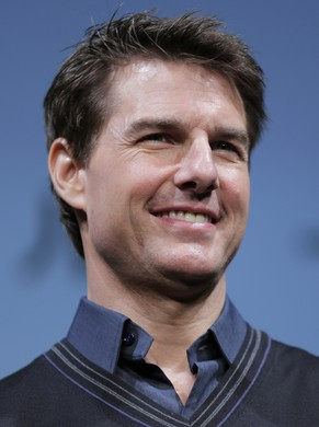 Hollywood actor Tom Cruise smiles during a press conference to promote his new movie Oblivion in Tokyo, Tuesday, May 7, 2013. (AP Photo/Itsuo Inouye)