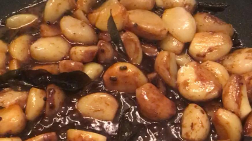 Nur für Mutige: Curry mit 100 Knoblauchzehen – ich hab's probiert