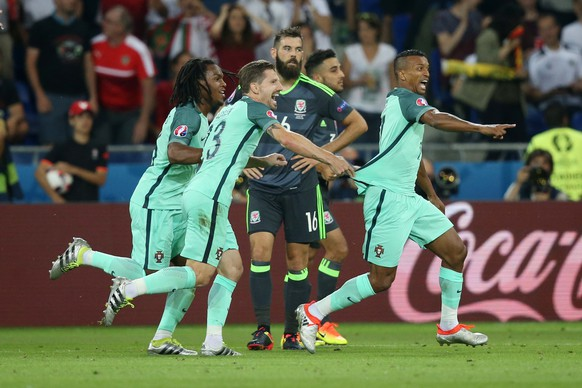 06.07.2016; Lyon; Fussball Euro 2016 - Halbfinale - Wales - Portugal; Nani (POR) jubelt ueber das Tor zum 0:2(Pieter Stam de Jonge/VI Images/freshfocus)