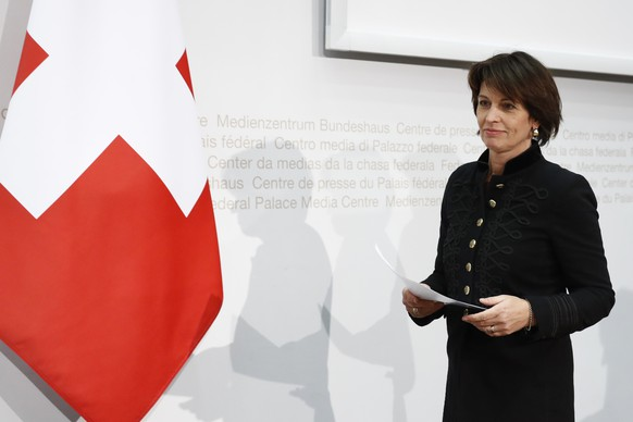 Swiss Federal President Doris Leuthard attends a press conference in Bern, Switzerland, Thursday, December 21, 2017. The European Commission approved the recognition of equivalence for the Swiss Stock Exchange, but only for one year. In response, the Swiss Federal Council is considerig the abolition of the stamp tax in order to strengthen the Swiss stock market. (KEYSTONE/Peter Klaunzer)