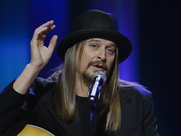FILE - This May 2, 2013, file photo shows Kid Rock speaking during the funeral for country music star George Jones at the Grand Ole Opry House in Nashville, Tenn. Kid Rock will perform a pre-race concert at the Daytona 500 in February. Daytona International Speedway said Friday, Dec. 19, 2014, he will play several hits as well as new single