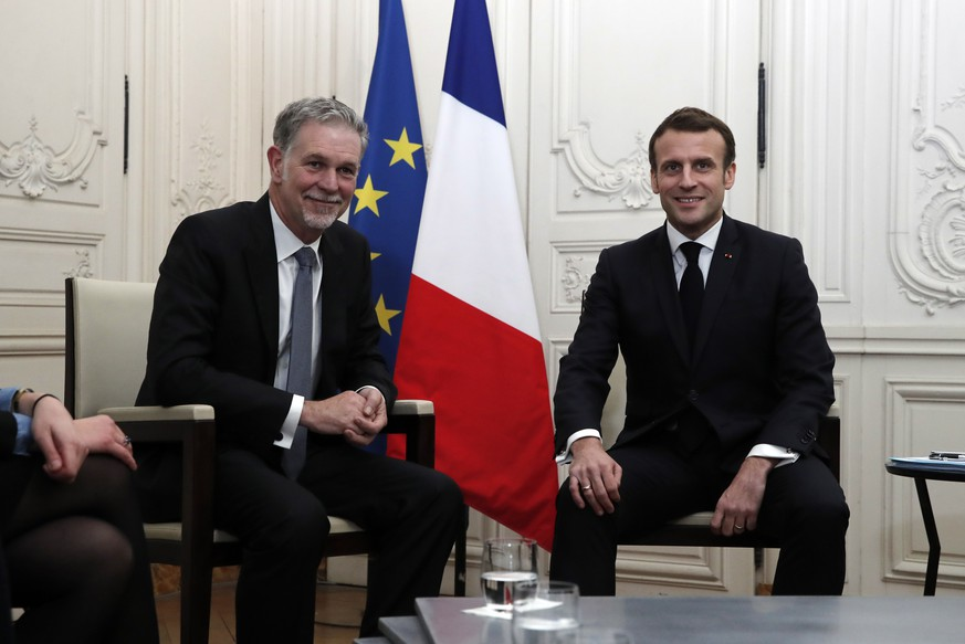 epa08145127 France's President Emmanuel Macron attends a meeting with Reed Hastings, co-founder and CEO of Netflix, during the Choose France summit at the Chateau de Versailles, outside Paris, France, 20 January 2020.  EPA/BENOIT TESSIER / POOL  MAXPPP OUT