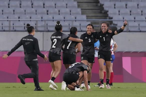 Rugby, Sevens, Frauen Gold: Neuseeland Silber: Frankreich Bronze: Fidschi