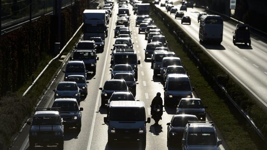 umnutzung-von-autobahn-pannenstreifen-vcs-hat-was-dagegen-und-bekommt-recht