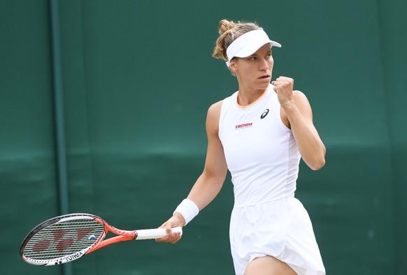 epa09324156 Viktorija Golubic of Switzerland reacts during her 4th round match against Madison Keys of the US at the Wimbledon Championships, Wimbledon, Britain 05 July 2021.  EPA/FACUNDO ARRIZABALAGA   EDITORIAL USE ONLY