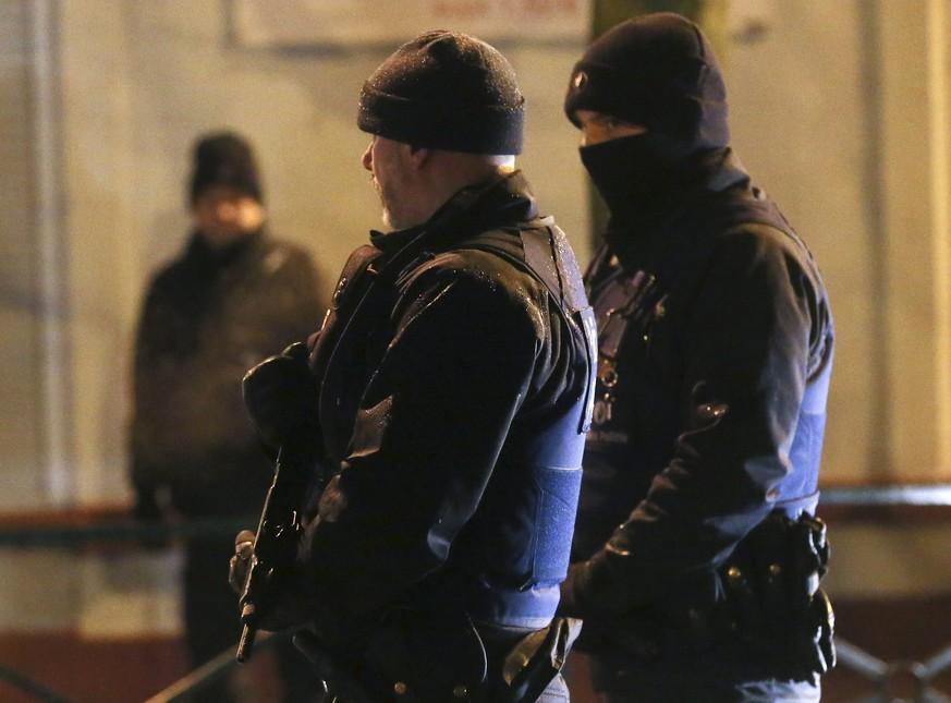 Bei Anti-Terror-Razzien in Brüsseler Viertel Molenbeek Festgenommene wieder frei