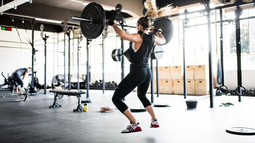 Ist das Fitness fürs Leben? Ein Überblick zur umstrittenen Sportart Crossfit