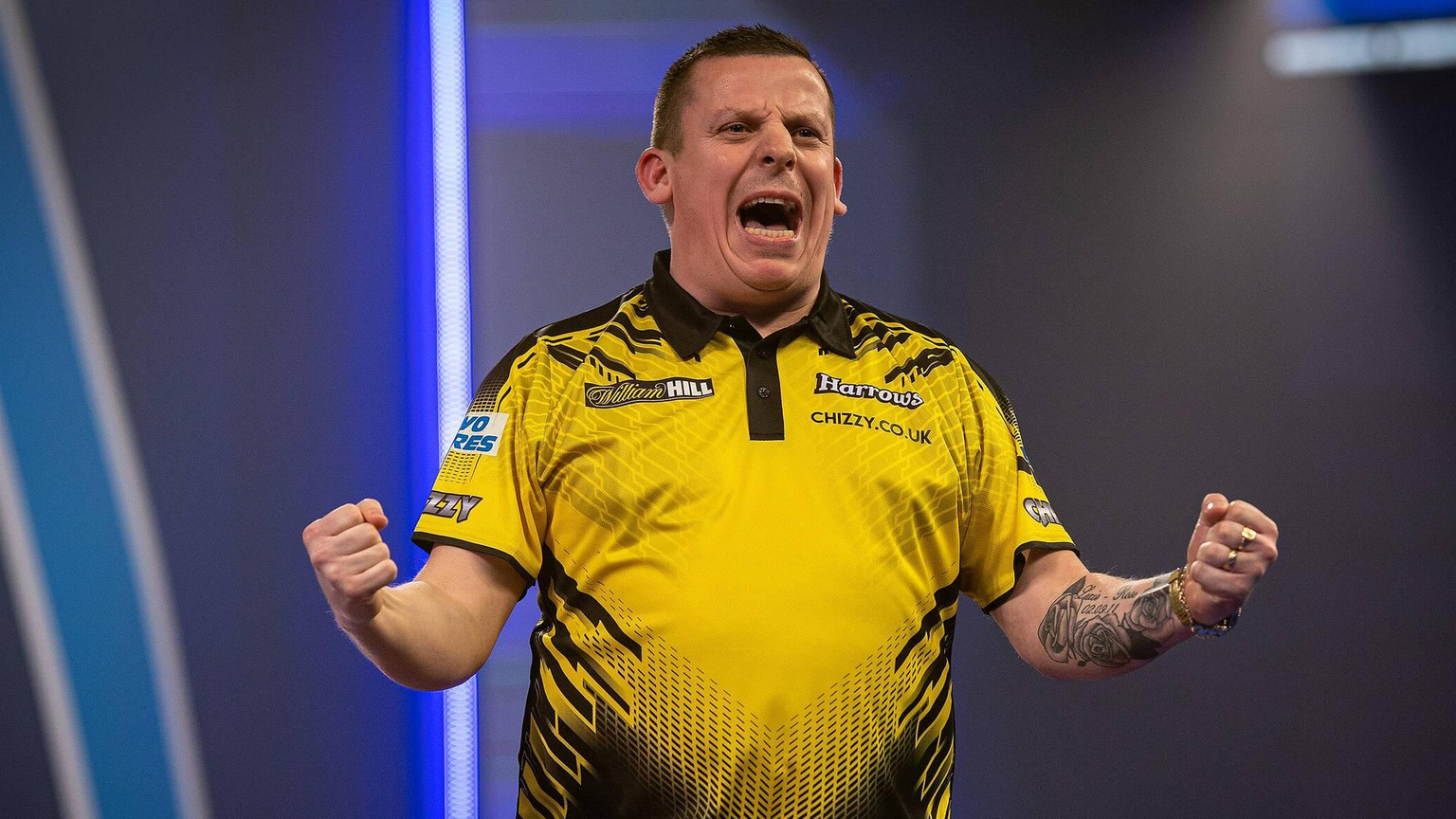William Hill World Darts Championship 30/12/2020. Dave Chisnall England wins and celebrates during the Fourth Round of the William Hill World Darts Championship at Alexandra Palace, London, United Kingdom on 30 December 2020. London Alexandra Palace London United Kingdom Editorial use only PUBLICATIONxNOTxINxUK , Copyright: xIanxStephenx PSI-11385-0103