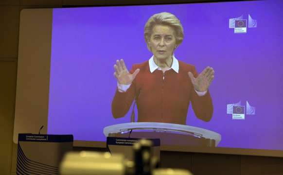 epa08780197 European Commission President Ursula von der Leyen speaks via video conference into a press room at EU headquarters in Brussels, Belgium, 28 October 2020. The European Commission is launching an additional set of actions, to help limit the spread of the coronavirus, saving lives and strengthening the internal market's resilience.  EPA/VIRGINIA MAYO / POOL