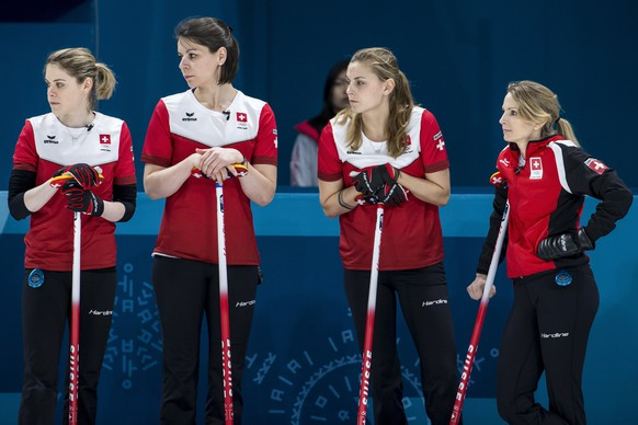 Manuela Siegrist, Esther Neuenschwander, Marlene Albrecht and Silvana Tirinzoni of Switzerland, from left, during the Curling round robin game of the women between Switzerland and China at the XXIII Winter Olympics 2018 in Gangneung, South Korea, on Wednesday, February 14, 2018. (KEYSTONE/Alexandra Wey)