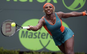 Serena Williams returns to Li Na, of China, during the women's final at the Sony Open Tennis tournament, Saturday, March 29, 2014, in Key Biscayne, Fla. (AP Photo/Lynne Sladky)