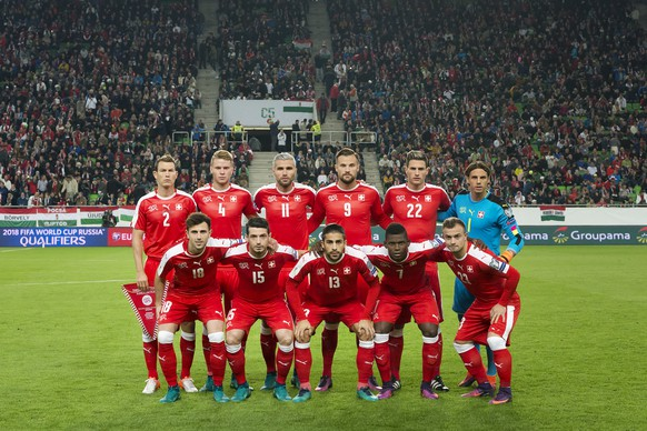 Switzerland's team poses prior to the 2018 Fifa World Cup Russia group B qualification soccer match between Hungary and Switzerland in the Groupama Arena in Budapest, Hungary, on Friday, October 7, 2016. (KEYSTONE/Georgios Kefalas)