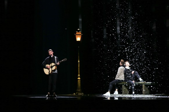 epa06728487 Ryan O'Shaughnessy representing Ireland with 'Together' performs during rehearsals for the Grand Final of the 63rd annual Eurovision Song Contest (ESC) at the Altice Arena in Lisbon, Portugal, 11 May 2018. The Grand Final of the ESC 2018 is held on 12 May.  EPA/JOSE SENA GOULAO