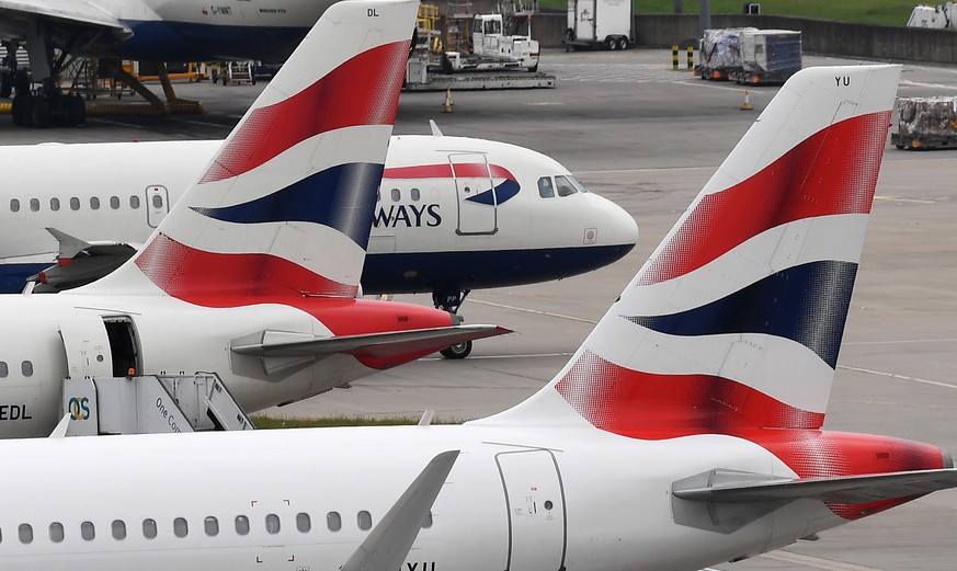 epa07001765 (FILE) - British Airways aircraft stand on their parking positions at Heathrow Airport in London, Britain, 29 May 2017 (reissued 06 September 2018).  British Airways has announced that for two weeks from August 21 hackers stole personal and financial  customer data from its website and mobile app.  EPA/ANDY RAIN