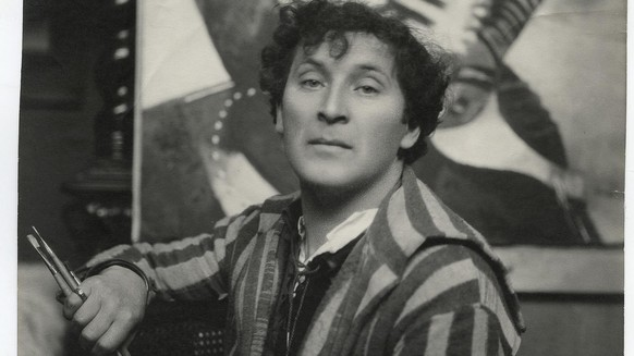 epa04664938 An undated handout picture provided by the Marte Gallery in Cava de' Tirreni on 16 March 2015 shows a portrait of Marc Chagall, in Paris, 1924. Seventy-five paintings of French painter Marc Chagall will be on display from 28 March to 28 June 2015 during the exhibition 'Marc Chagall. Segni e colori dell'anima' (lit.: Marc Chagall. Signs and Colors of the Soul) held at the Marte Gallery in Cava de' Tirreni, near Naples.  EPA/MARTE PRESS OFFICE ATTENTION EDITORS: HANDOUT PHOTO TO BE USED SOLELY TO ILLUSTRATE NEWS REPORTING OR COMMENTARY ON THE FACTS OR EVENTS DEPICTED IN THIS IMAGE; NO ARCHIVING; NO LICENSING HANDOUT EDITORIAL USE ONLY/NO SALES/NO ARCHIVES