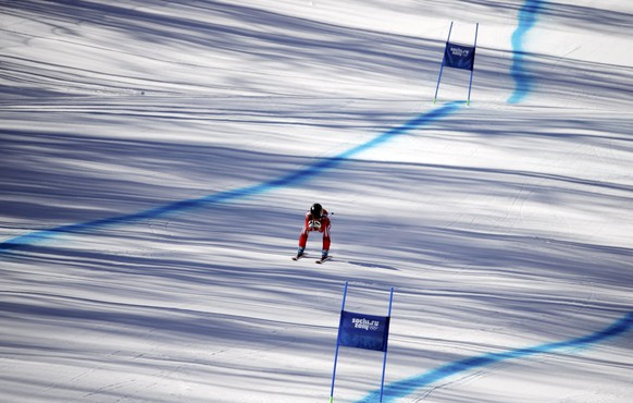 Switzerland's Lara Gut takes part in the second training session for the women's alpine skiing downhill event during the 2014 Sochi Winter Olympics at the Rosa Khutor Alpine Center February 7, 2014.                REUTERS/Leonhard Foeger (RUSSIA  - Tags: SPORT SKIING OLYMPICS)