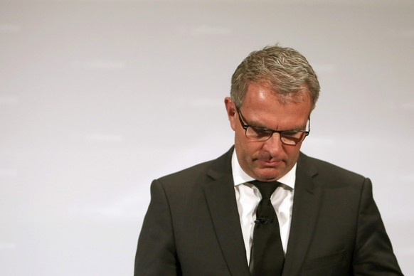 epa04677649 Carsten Spohr, Chief Executive Officer of the Lufthansa AG, waits to make a statement on the Germanwings A320 crash over the French Alps in the Lufthansa Aviation Center in Frankfurt Main, Germany, 24 March 2015. Germanwings Flight 4U 9525 from Barcelona to Duesseldorf crashed over Southern Alps in France with at least 140 passengers and six crew on board. Spohr returns from a visit to the site of the crash in Seyne Les Alpes, France.  EPA/Fredrik Von Erichsen