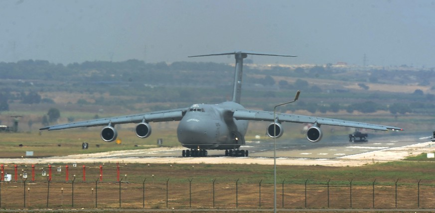 epa05428401 (FILE) A file photograph showing a US Air Force  C-5 Galaxy Outsize Cargo Transport Aircraft landing at Incirlik air base in Adana, Turkey, 10 August 2015. The US embassy released a statement on 16 July 2016 stating, 'Be advised that local authorities are denying movements on to and off of Incirlik Air Base. The power there has also been cut. Please avoid the air base until normal operations have been restored.' This follows a statement by Turkish Prime Minister Binali Yildirim saying, that his country considers itself at war with any nation that stands by the US-based Muslim cleric Fethullah Gulen who is currently lives in Pennsylvania and is the man Turkey blames for the coup.  EPA/SERDAR YILDIZ *** Local Caption *** 52112629