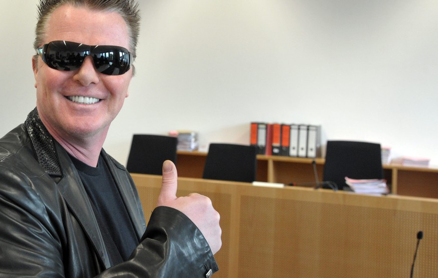 epa05311376 German socialite and public figure Marcus Prinz von Anhalt poses at the district court in Augsburg, Germany, 17 May 2016. Von Anhalt has been charged with tax evasion.  EPA/STEFAN PUCHNER