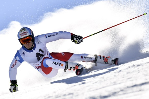ALS VORSCHAU ZUR FIS SKI ALPIN WM IN ST. MORITZ VOM 06. - 19. FEBRUAR 2017 STELLEN WIR IHNEN FOLGENDES BILDMATERIAL ZUR VERFUEGUNG -  Loic Meillard of Switzerland in action during the first run of the men's Giant Slalom race of the FIS Alpine Ski World Cup season on the Rettenbach glacier, in Soelden, Austria, Sunday, October 23, 2016. (KEYSTONE/Gian Ehrenzeller)