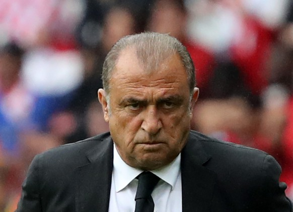 epa05359176 Turkey coach Fatih Terim during the UEFA EURO 2016 group D preliminary round match between Turkey and Croatia at Parc des Princes in Paris, France, 12 June 2016.  (RESTRICTIONS APPLY: For editorial news reporting purposes only. Not used for commercial or marketing purposes without prior written approval of UEFA. Images must appear as still images and must not emulate match action video footage. Photographs published in online publications (whether via the Internet or otherwise) shall have an interval of at least 20 seconds between the posting.)  EPA/ABEDIN TAHERKENAREH   EDITORIAL USE ONLY