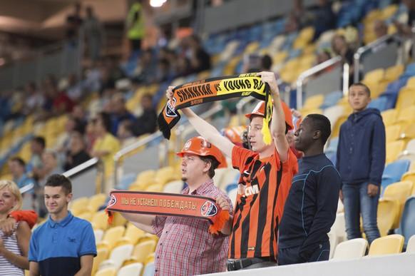 26.7.2016; Lemberg; Fussball Champions League - Qualifikation; FC Shakhtar Donetsk - Berner Young Boys; Fans von Donezk (Claudio de Capitani/freshfocus)