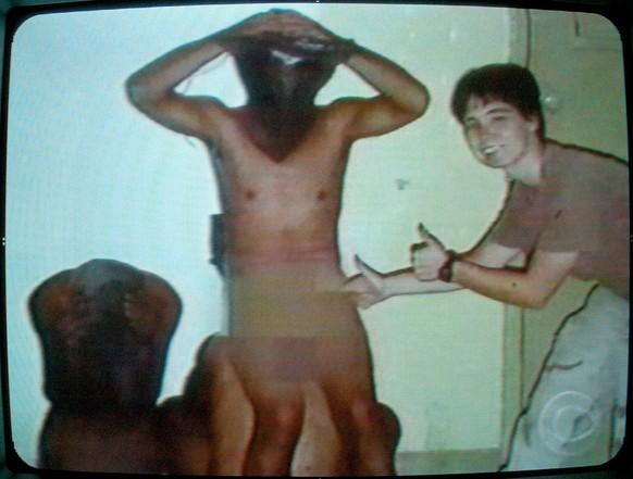 Referre wurde nackt ausgezogen