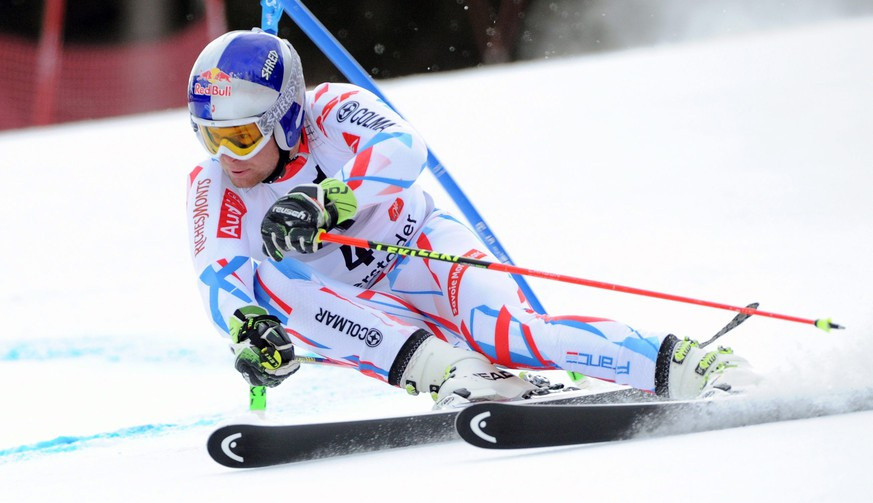 epa05181514 Alexis Pinturault of France competes in the first run of the men's Alpine Skiing World Cup Giant Slalom race in Hinterstoder, Austria, 26 February 2016.  EPA/EXPA/ERICH SPIESS