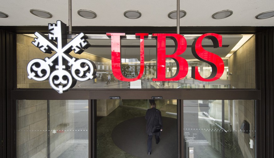 FILE – A file photograph showing the logo of Swiss bank UBS in Zurich, Switzerland, Tuesday, 02 February 2016. According to news on Tuesday July 05, 2016, UBS Group AG has been ordered by the Swiss tax authority to provide information related to a probe by French tax officials. (KEYSTONE/Ennio Leanza)