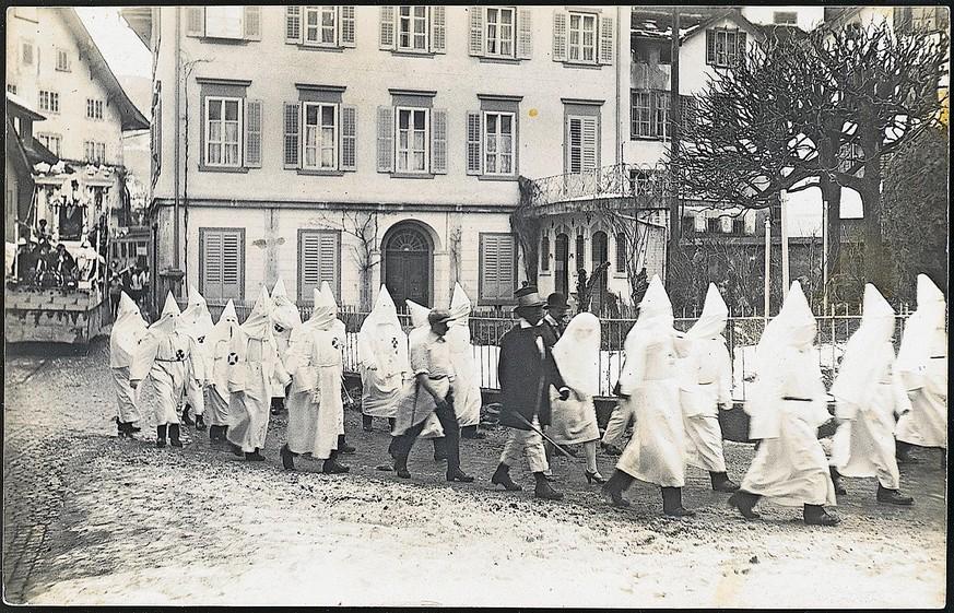 Ku Klux Klan Aufmarsch In Schwyz Wurde Der Antirassismusartikel