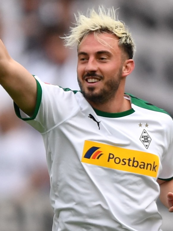 epa07562461 Moenchengladbach's Josip Drmic celebrates  during the German Bundesliga soccer match between 1. FC Nuernberg and Borussia Moenchengladbach in Nuremberg, Germany, 11 May 2019.  EPA/PHILIPP GUELLAND CONDITIONS - ATTENTION: The DFL regulations prohibit any use of photographs as image sequences and/or quasi-video.